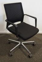 Konferansestol / møteromsstol på hjul fra Wagner, modell W70 3D, sort / sort mesh / polert aluminium, pent brukt