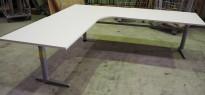 Hjørneløsning elektrisk hevsenk fra Edsbyn i hvitt / grått, 240x240cm, NY PLATE / pent brukt