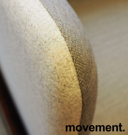 2-seter sofa / lounge i grått stoff fra ForaForm, modell Senso, armlene høyre side, bredde 128cm, pent brukt bilde 3