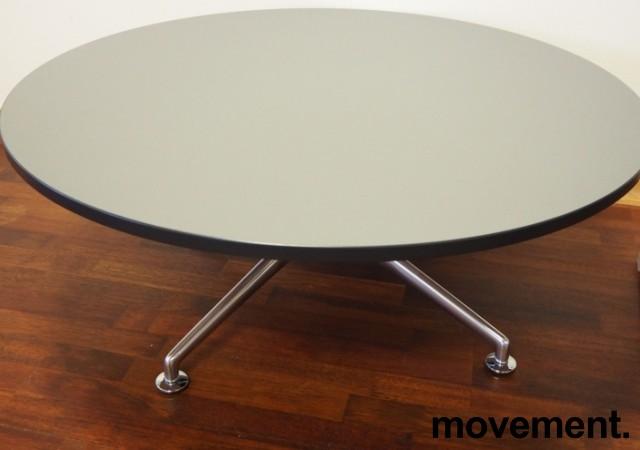 Loungebord i grått / polert aluminium fra Brunner, Ø=100cm, høyde 40cm, pent brukt bilde 1