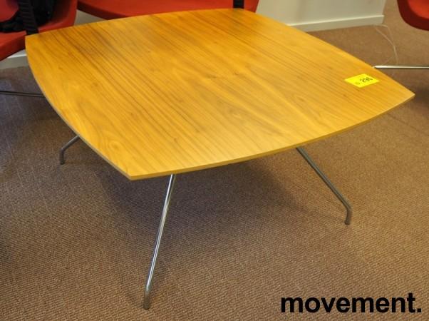 Loungebord i valnøtt / krom, 90x90cm, høyde 47cm, pent brukt bilde 1