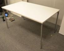 Lammhult Campus 140x80cm skrivebord i hvitt / krom, pent brukt understell med ny plate