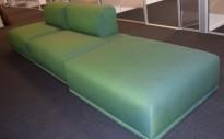 Muuto design-sofa, modell Connect modulsofa, 360cm bredde i grønt stoff, pent brukt