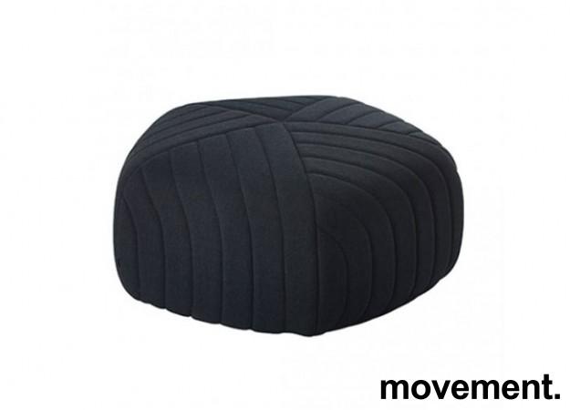 Loungemøbel, puff i grått stoff, Muuto Five, Design: Anderssen & Voll, pent brukt bilde 1