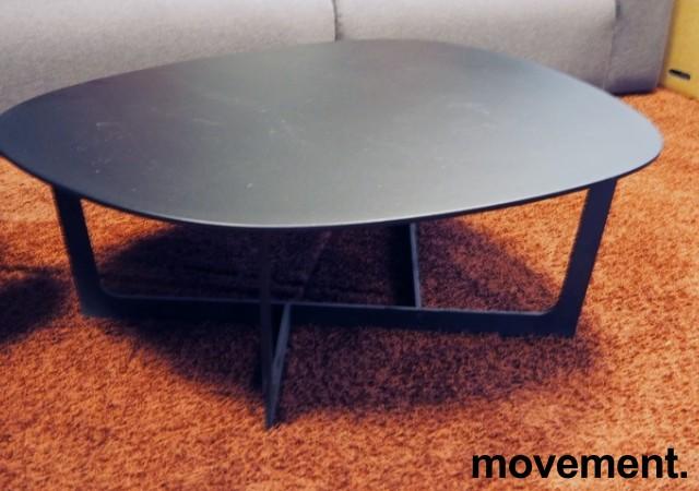 Loungebord i sort, Erik Jørgensen Insula EJ191, Design: Ernst & Jensen, pent brukt bilde 3