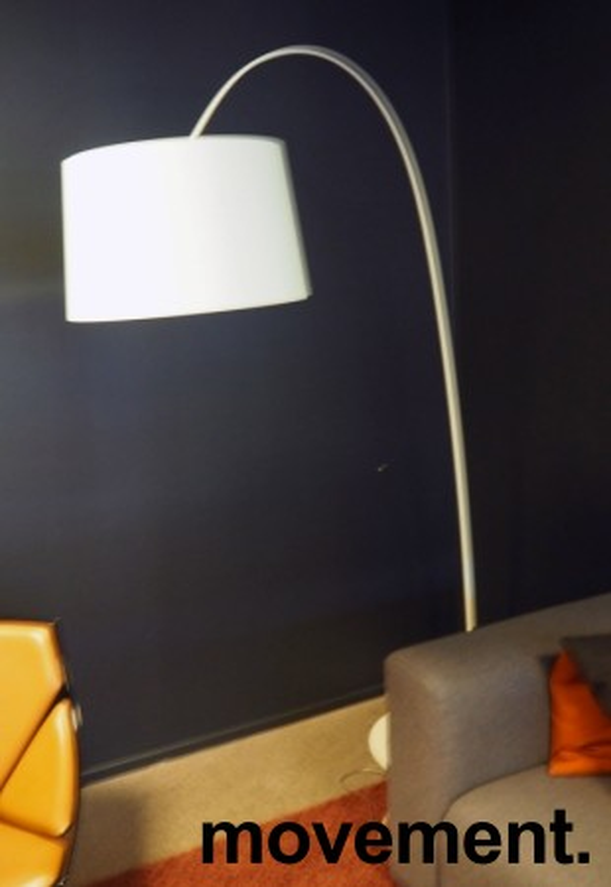 Foscarini Twiggy Terra stålampe i hvitt, høyde ca 210cm, pent brukt bilde 2