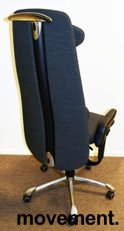 Kontorstol: HÅG H09 9130 i grått stoff, høy rygg, armlene, nakkepute, jakkehengert, krom kryss, pent brukt bilde 2