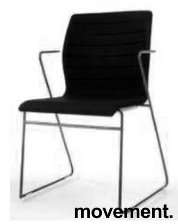 Stablebar konferansestol i sort, sortlakkerte meier, Z-armlene, modell LINE Stack, NY/UBRUKT bilde 6