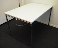 Konferansebord / klappbord fra FourDesign, Danmark, hvit plate, krom understell, 120x80cm, pent brukt