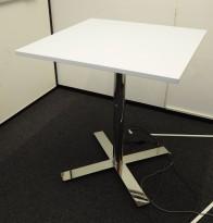 Barbord / ståbord i hvitt / krom fra Kinnarps, modell Oberon, 80x80cm, høyde 91cm, pent brukt