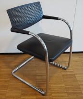 Vitra Visavis by A. Citterio, konferansestol i sort skinn / krom, pent brukt