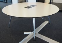 Rundt møtebord i hvitt / polert aluminium fra Vitra, Ø=180cm, pent brukt