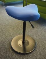 Ergonomisk kontorstol: Varier (Stokke) Move i blått / sort, pent brukt