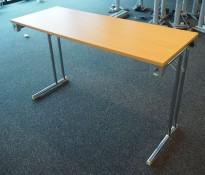 Konferansebord / klappbord i bøk laminat understell i krom, 120x45cm bordplate, brukt med noe slitasje i plater
