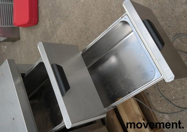 Kjølebenk fra Porkka i rustfritt stål med kjøledør og 2 kjøleskuffer, 126cm bredde, 64cm høyde, pent brukt bilde 4