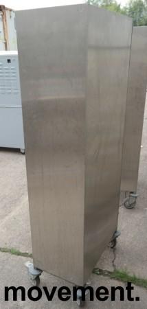 Brett-tralle på hjul i rustfritt stål for 24 brett, pent brukt bilde 3