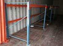 Pallereol i blått / orange, 8stk gavler høyde 150cm, 20 stk 3-pallers bærejern, brukt