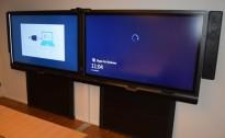 SmartBoard-løsning med 2 stk 70toms skjerm, modell 8070i, med høyttalere og kamera, pent brukt