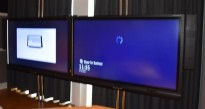 SmartBoard-løsning med 2 stk 84toms 4K-skjermer, modell 8084i, med høyttalere og kamera, pent brukt