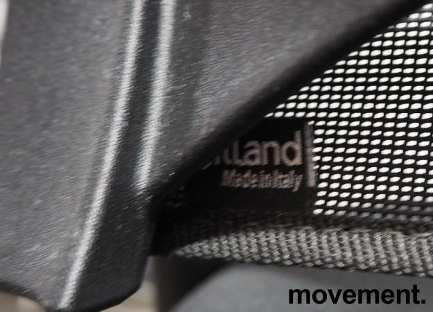 Kontorstol fra Sitland - Team Air i sort, høy rygg og armlener, pent brukt bilde 3