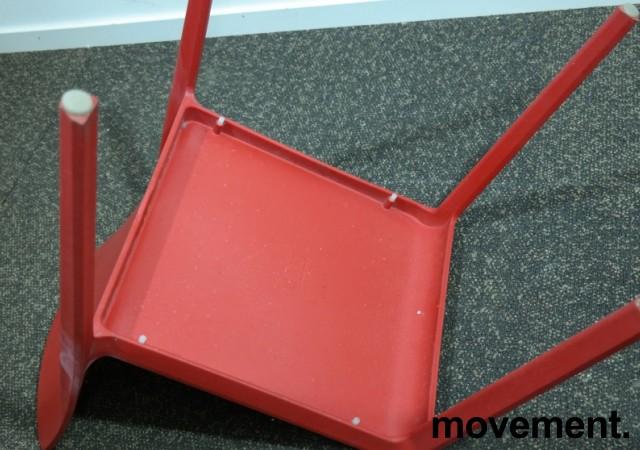 Kafestol / stol for uteservering i rød plat fra Pedrali, modell Volt, pent brukt bilde 4