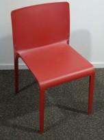 Kafestol / stol for uteservering i rød plat fra Pedrali, modell Volt, pent brukt