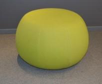 Puff fra Arper i grønt stoff, modell Pix 67, Ø=67cm, pent brukt