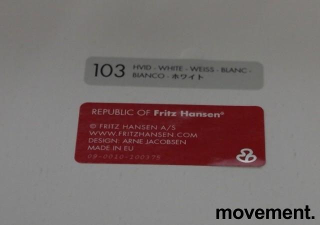 Barkrakk / barstol: Arne Jacobsen 7er / syverstol, 3107 barstol i hvitt / krom, pent brukt bilde 3