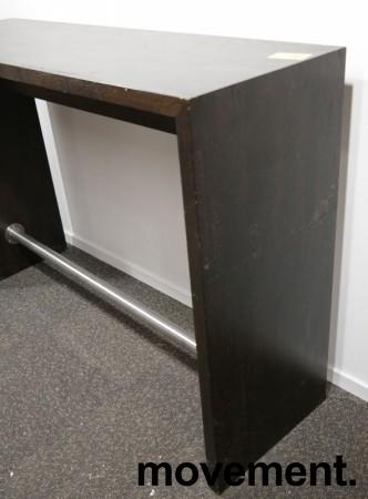 Barbord / ståbord i brunbeiset eik, 160x50cm, høyde 110cm, brukt med noe slitasje bilde 7