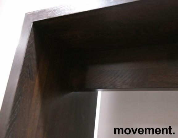 Barbord / ståbord i brunbeiset eik, 160x50cm, høyde 110cm, brukt med noe slitasje bilde 6
