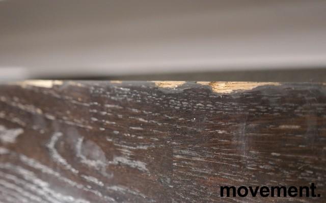 Barbord / ståbord i brunbeiset eik, 160x50cm, høyde 110cm, brukt med noe slitasje bilde 5
