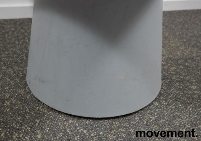 Rundt kafebord / bord for uteservering i grått, Ø=89cm, brukt med noe slitasje bilde 5