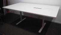 Møtebord / konferansebord i hvitt fra Edsbyn, 180x100cm, kabelluke, brukt med noe slitasje
