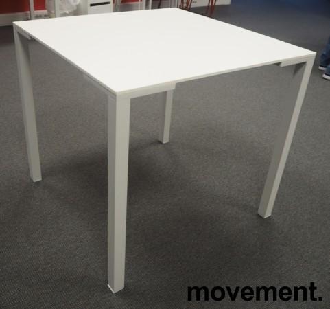Kafebord / lite møtebord i hvitt fra Pedrali, modell Togo TG, 79x79cm, pent brukt bilde 2