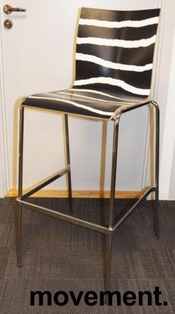 Barstol / barkrakk fra Engelbrechts, modell Chairik, design Erik Magnussen, 76,5cm sittehøyde, pent brukt bilde 1