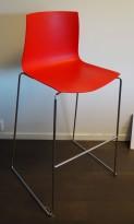 Barkrakk: Arper Catifa 46 i rødt / krom, 80cm sittehøyde, pent brukt