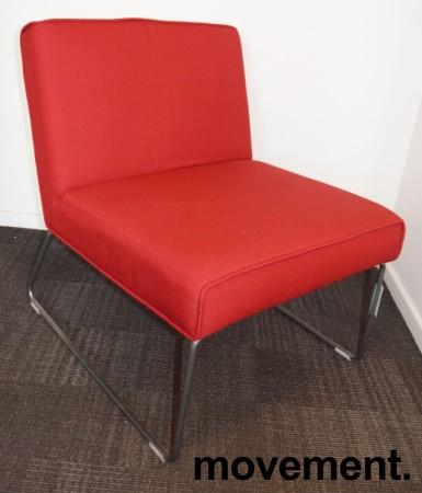 Loungestol / lenestol i rødt stoff / grålakkert understell, pent brukt bilde 2