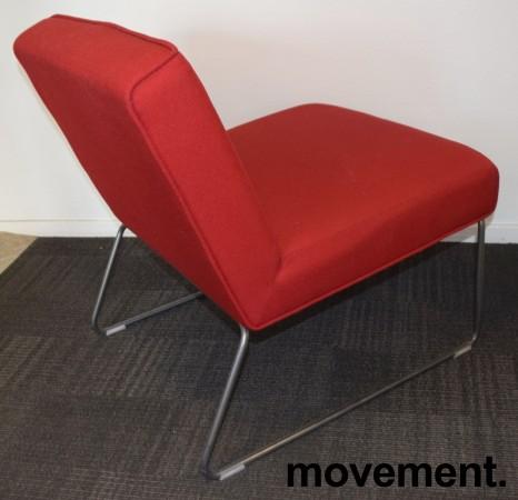 Loungestol / lenestol i rødt stoff / grålakkert understell, pent brukt bilde 1