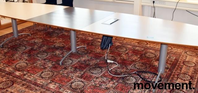 Møtebord i grått/mørkegrått, understell i grått, 420x114cm, passer 14-16 personer, pent brukt bilde 4