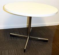 ForaForm Planet loungebord i hvitt med krom fot, Ø=70cm, H=51,5cm, Design: Dysthe, pent brukt