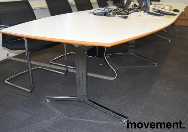 Stort møtebord i hvitt / krom, 530x120cm, passer 16-20 personer, pent brukt bilde 2