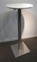 Ståbord med hvit plate Ø=50cm, understell i satinert stål, 108cm høyde, pent brukt
