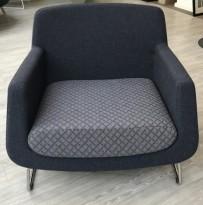 Loungestol fra Skandiform, modell Jefferson i grått stoff, 92cm bredde, pent brukt