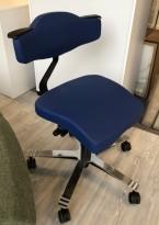 Ergonomisk kontorstol: Be-Ge Frapett modell 3760 i blått med krom understell, pent brukt