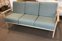 Sofa for helse/omsorg fra NC Nordic Care, 3seter Freja 337, fuktsikret, 174cm bredde, pent brukt