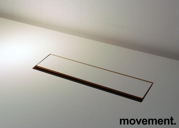 Skrivebord med elektrisk hevsenk i hvitt / grått fra EFG, 200x120cm, venstreløsning, pent brukt bilde 4