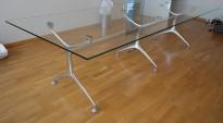 Konferansebord / møtebord i glass / polert aluminium, 295x120cm, passer 10-12 personer, pent brukt