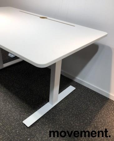 Skrivebord med elektrisk hevsenk i hvitt fra Horreds, 140x80cm, pent brukt bilde 3