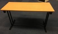 Konferansebord / klappbord i bøk laminat understell i sort eller krom, 120x45cm bordplate, brukt med en del slitasje i plater