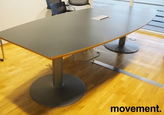 Møtebord i grått fra EFG, 280x120cm, passer 8-10 personer, pent brukt bilde 1